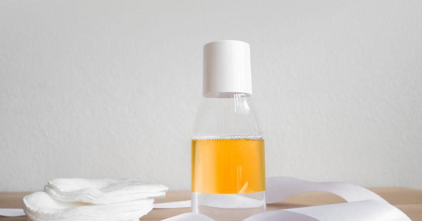 Comment bien choisir une huile démaquillante qui hydrate et nourrie?